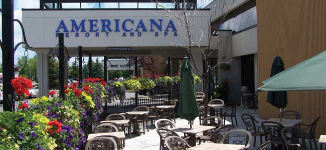 Americana Resort on Lundy's Lane